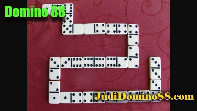 Domino 88